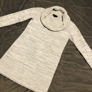 Size S Tunic Sweater